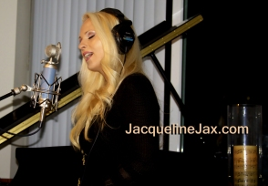 Jacqueline_Jax_the_story_6