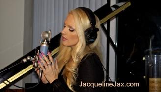 Jacqueline_Jax_the_story_8