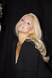 Jacqueline Jax In The Studio