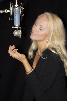 Jacqueline Jax In The Studio Adagio_5